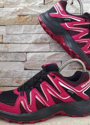 Женские кроссовки salomon gore-tex1 фото