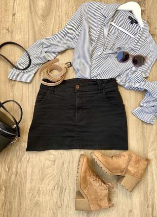Чорна джинсова міні-спідничка divided