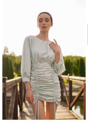 Мини платье с драпировкой мятное