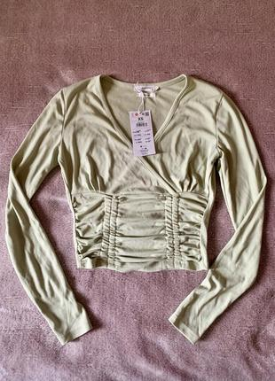 Блуза на запах, кроп топ, облегающая кофточка reserved