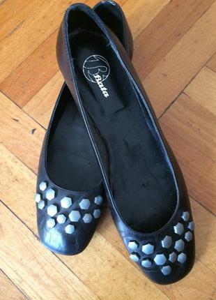 Bata туфли балетки