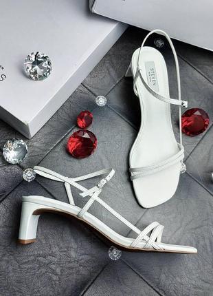 Steven by steve madden оригинал изящные белые босоножки на небольшом каблуке