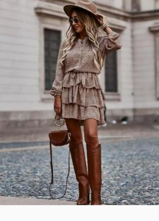 Шикарное вискозное скользящее платье с рюшами принт