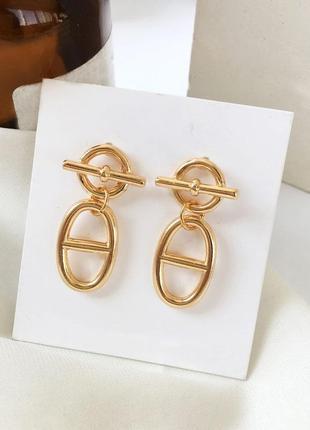 Трендовые серьги цепочки золотистые - модная бижутерия недорого