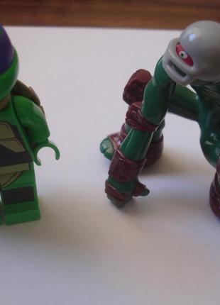 Две фигурки черепашек ниндзя идеал