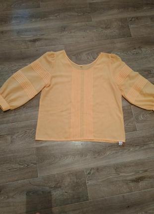 Блуза новая с пышными объёмными рукавами не zara