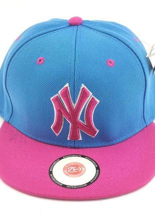 Детская бейсболка кепка с прямым козырьком 52 по 56 размер реперка snapback снепбек