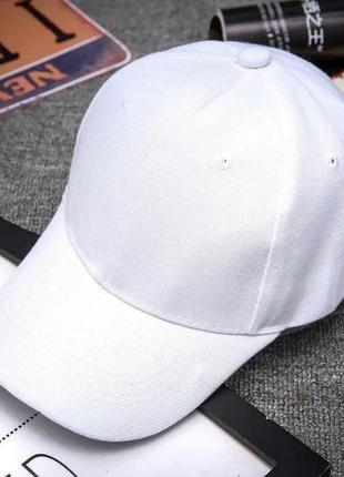 Крутая белая кепка 2004