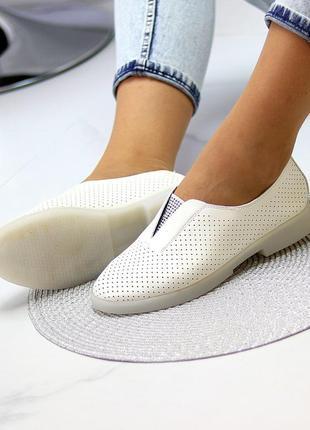 Шикарные туфли натуральная кожа перфорация новинка