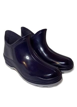Женские резиновые ботинки синие галоши на дачу