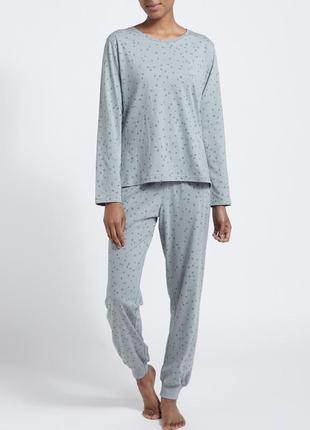 Классная пижамка от dunnes stores из англии. размер м(10-12),xxl (20-22)