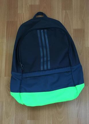Женский спортивный рюкзак от adidas
