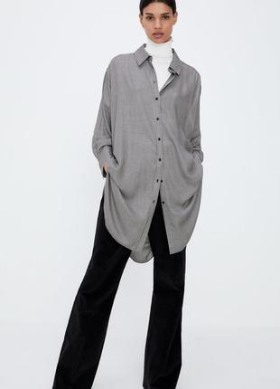 Длинная рубашка zara с принтом гусиная лапка.