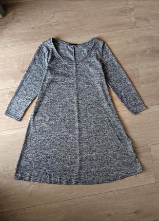 Трикотажна сукня вільного крою