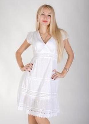 Очень красивое летнее платье с прошвой
