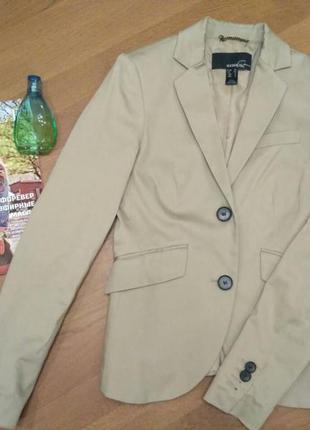 Стильный пиджак  манго