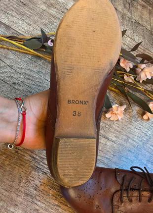 Bronx-стильные кожаные туфли на шнуровку,броги коричневые -38р5 фото