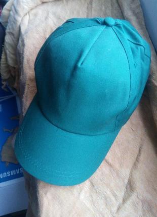 Красивейшая женская модная бейсболка зеленая зеленая на велкро  5 клиньев