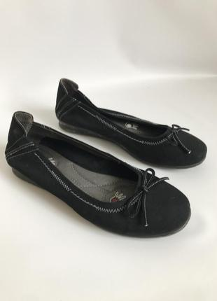 Фирменные кожаные туфли, балетки от bata 38