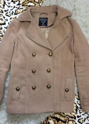 Двубортное пальто почти даром