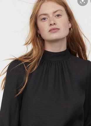 Блуза h&m xs колекция 2021