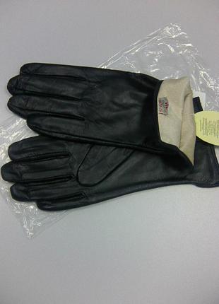 Новые кожанные перчатки + шарф в !!!подарок!!!