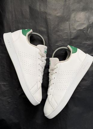 Білі кросівки adidas🤍