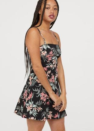 Женское короткое платье, сарафан, бюстье с цветочным принтом xxs-xs h&m оригинал