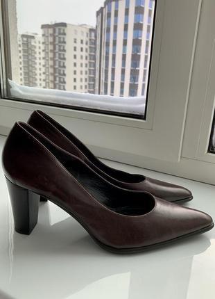 Туфли лодочки кожаные perlato
