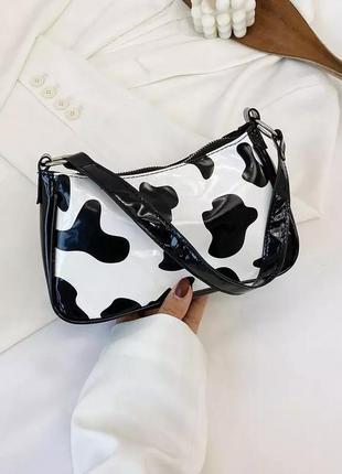 Сумка багет, сумка корова, звериный принт, лаковая сумка