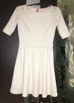 Элегантное платья ostin
