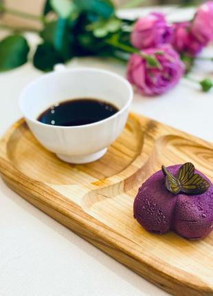 Деревянная тарелка для кофе и десерта