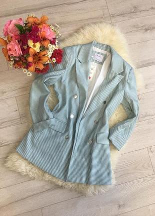 Bershka 🦋шикарный эксклюзивный пиджак жакет от известного брэнда bershka 💫