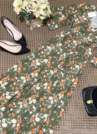 Актуальне міді плаття в квітковий принт next