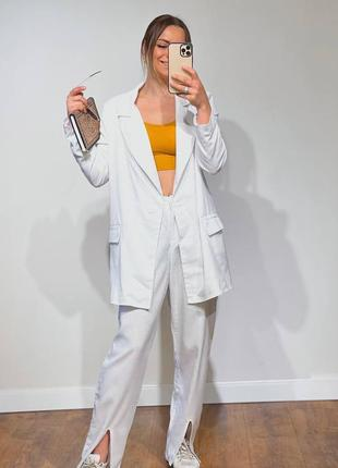 Шикарный костюм из льна