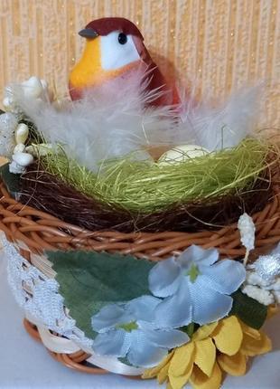 Птичка в гнезде милый сувенир