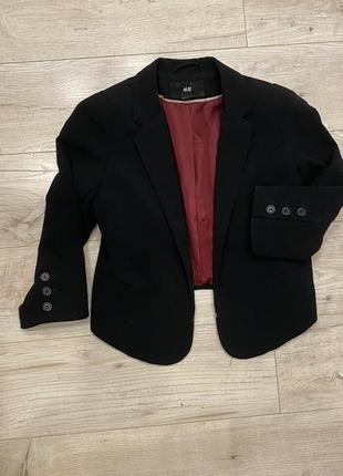 Актуальный укороченый жакет /пиджак