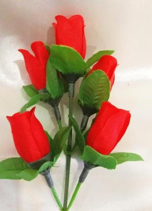 Искусственные цветы : розы.