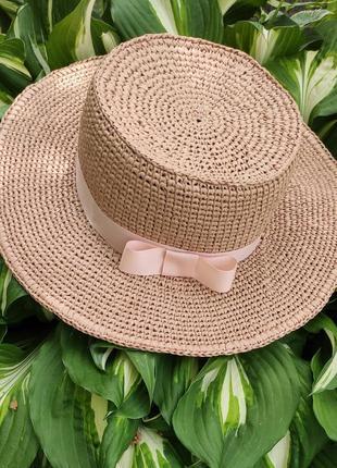 Соломенная шляпа ручной работы