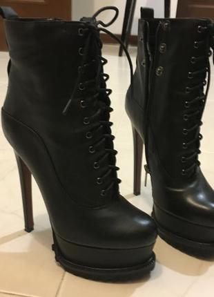 Ботинки новые , кожа , 39 размер , демисезон