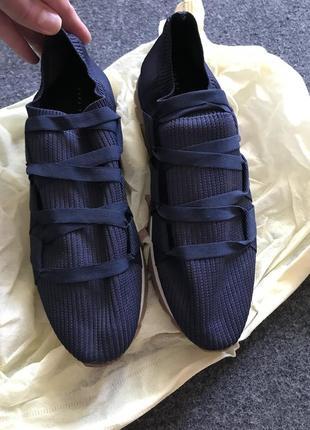 Шикарные кроссовки оригинал