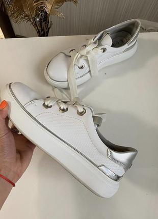 Белые кожаные кеды estro размер 37