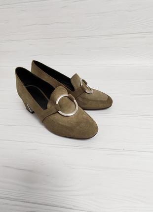 Стильні туфлі лофери балетки із натуральної замші