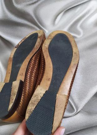 Интересные кожаные туфли, лоферы от andrea puccini6 фото