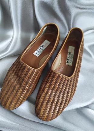Интересные кожаные туфли, лоферы от andrea puccini2 фото