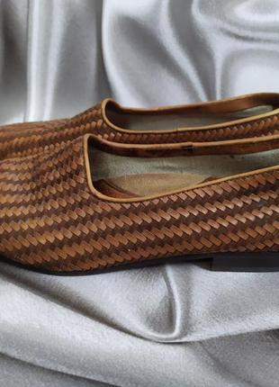 Интересные кожаные туфли, лоферы от andrea puccini4 фото