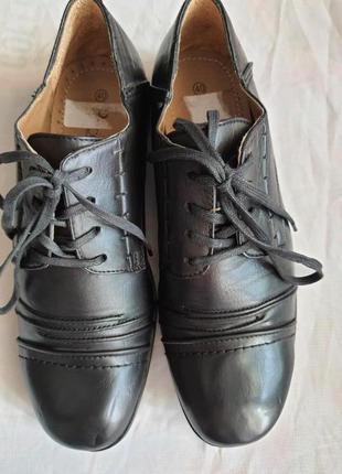 Новые туфли puccetti(мюнхен)  41 р. 27 см стелька