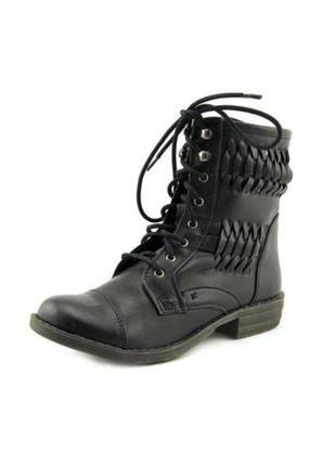 Новые ботинки nine west