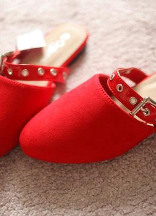 Женские мюли шлепанцы красные замшевые на низком с закрытым носком