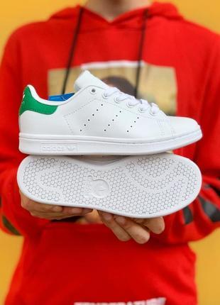 Легкие стильные кроссовки кеды adidas stan smith белые кожаные демисезонные2 фото